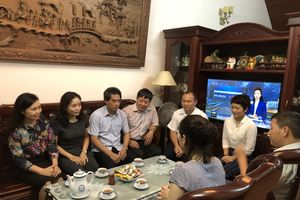 Bộ VHTTDL đến thăm thân nhân các gia đình liệt sĩ