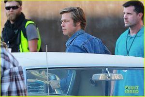 Brad Pitt và Leonardo DiCaprio đọ vẻ phong trần khi hội ngộ