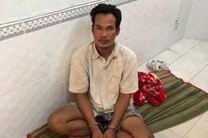 Khởi tố đối tượng đâm chém điên loạn làm 2 người chết ở Bạc Liêu
