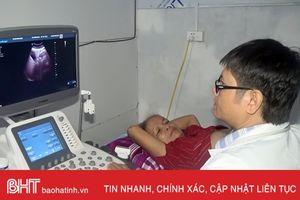 Khám bệnh miễn phí cho các gia đình chính sách ở Hương Sơn