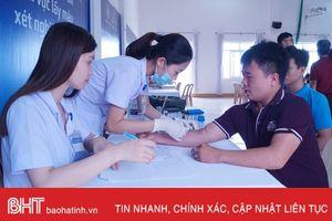 Tư vấn, giúp người dân Hà Tĩnh bảo vệ lá gan khỏe mạnh