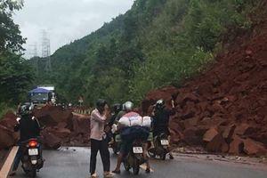 Sơn La: Mưa lớn, Quốc lộ 6 bị sạt lở và ách tắc
