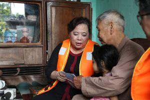 Đoàn đại biểu HĐND TP Hà Nội kiểm tra tình hình ngập lụt, sạt lở vùng lũ huyện Chương Mỹ
