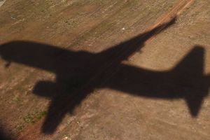 Máy bay chở Bộ trưởng Paraguay biến mất bí ẩn