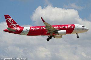 Phát hiện thi thể trẻ sơ sinh trên máy bay