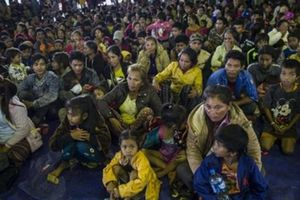 Nhóm cứu hộ đội bóng nhí Thái Lan đến Lào hỗ trợ người dân vùng lũ