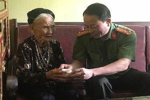 CAH Gia Lâm thăm hỏi, tri ân thương binh và thân nhân liệt sỹ