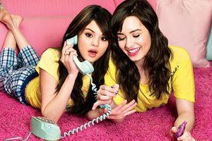Giữa 'tâm bão', tấm chân tình của Selena Gomez với Demi Lovato càng củng cố thêm tình bạn 20 năm!