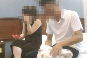 Thanh Hóa: CSGT bị bắt quả tang 'tâm sự' trong nhà nghỉ với cô giáo đã có chồng