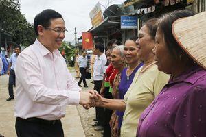 Phó Thủ tướng Vương Đình Huệ làm việc tại Điện Biên