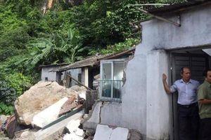 Quảng Ninh: Tảng đá 10 tấn trên núi lăn xuống nhà dân, một người tử vong