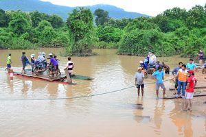Chạy đua cứu hộ nạn nhân do vỡ đập tại Lào