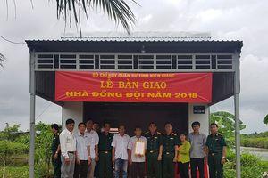 Bộ CHQS Kiên Giang bàn giao nhà đồng đội