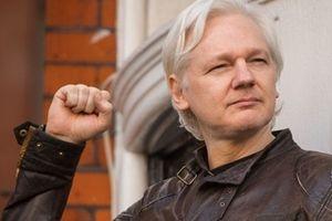 Ecuador 'đuổi khéo' ông chủ WikiLeaks khỏi đại sứ quán ở London