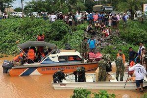 1.000 bộ đội Việt Nam giúp Lào khắc phục thảm họa vỡ đập thủy điện
