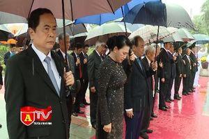 Lãnh đạo Đảng, Nhà nước dâng hương tưởng niệm các anh hùng, liệt sỹ