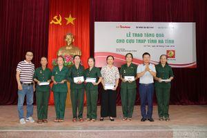 Trao tặng 200 phần quà cựu thanh niên xung phong tỉnh Nghệ An