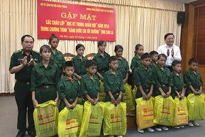 Gặp mặt các học viên tham gia chương trình học kỳ Quân đội