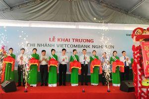 Vietcombank khai trương hoạt động chi nhánh Nghi Sơn