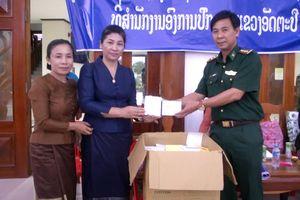 BĐBP Kon Tum hỗ trợ người dân vùng lũ Attapeu