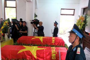 Xúc động hình ảnh lễ tiễn biệt hai phi công Su-22 hy sinh tại Nghệ An