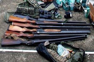 Bắt nhóm đối tượng chuyên chế tạo, tàng trữ trái phép vũ khí quân dụng