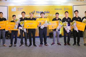 Sinh viên Việt Nam tạo kỳ tích tại cuộc thi lập trình quốc tế SCPC 2018