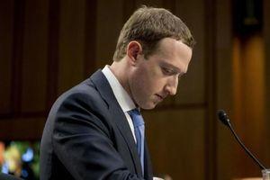Facebook mất 120 tỉ đô, ông Zuckerberg bị cổ đông kiện