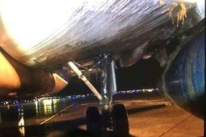 Mưa lớn tại sân bay Nội Bài, một máy bay hạ cánh lệch tâm đường băng