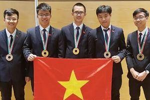 Việt Nam giành 3 HCV tại cuộc thi Olympic Vật lý và Hóa học quốc tế 2018