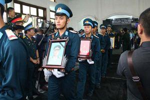 Thương tiếc tiễn đưa 2 liệt sĩ phi công Su-22U