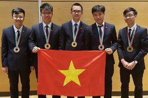 Học sinh Việt Nam giành 2 huy chương vàng Olympic vật lý quốc tế