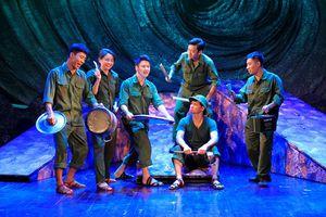 Vở kịch 'Bão tố Trường Sơn' ra mắt khán giả Đà Nẵng