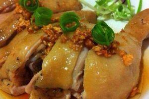 Luộc gà kiểu này thịt vừa mềm vừa thơm ngon khó cưỡng