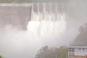 Thủy điện lớn nhất Nghệ An xả lũ trước khi xảy ra mưa lớn