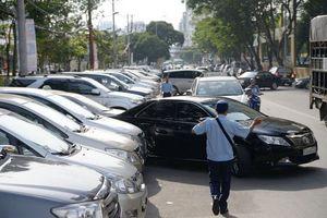 TPHCM: Tăng cường xử lý chủ phương tiện đỗ ô tô sai quy định