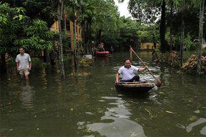Hậu ngập lụt ở Hà Nội: Ô nhiễm, bệnh tật