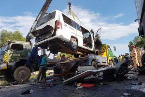 Danh tính 13 người chết và 4 người bị thương trong vụ xe đón dâu gặp nạn