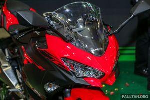 Kawasaki Ninja 250 đời 2018 ra mắt, giá từ 132 triệu đồng