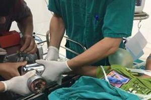 Hải Phòng: Bé trai bị máy xay thịt nghiền nát bàn tay
