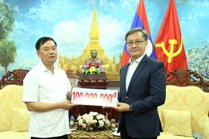 Hội hữu nghị Việt Nam - Lào ủng hộ nhân dân Lào khắc phục sự cố vỡ đập thủy điện