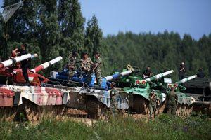 Lính tăng Nga gần phá kỷ lục tại giải 'Tank biathlon'