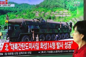 Tình báo Mỹ: Triều Tiên phát triển tên lửa mới bay được tới Mỹ