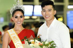 Hoa hậu Quốc tế 2017 Barbara Vitorelli được chào đón khi có mặt tại Hà Nội