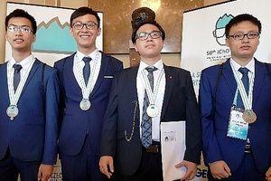 Nam sinh Hà Nội 2 năm liền giành HCV Olympic Hóa học quốc tế
