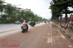 Đường Võ Chí Công (Hà Nội) lại bụi bẩn