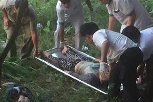 Hai phụ nữ nhảy cầu tự tử để lại bé trai nồng nặc thuốc trừ sâu