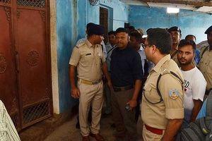 Ấn Độ: Lại treo cổ tập thể, gia đình 7 người tử vong