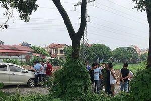 Nam thanh niên tử vong dưới gốc cây, nghi 'sốc' ma túy