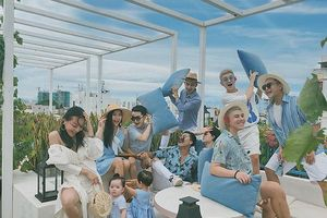 Nhóm bạn thân du lịch khắp Đà Nẵng, Hội An, chụp ảnh đẹp lung linh